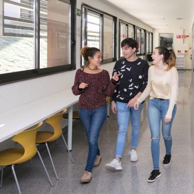 Estudiants Facultat de Turisme i Geografia